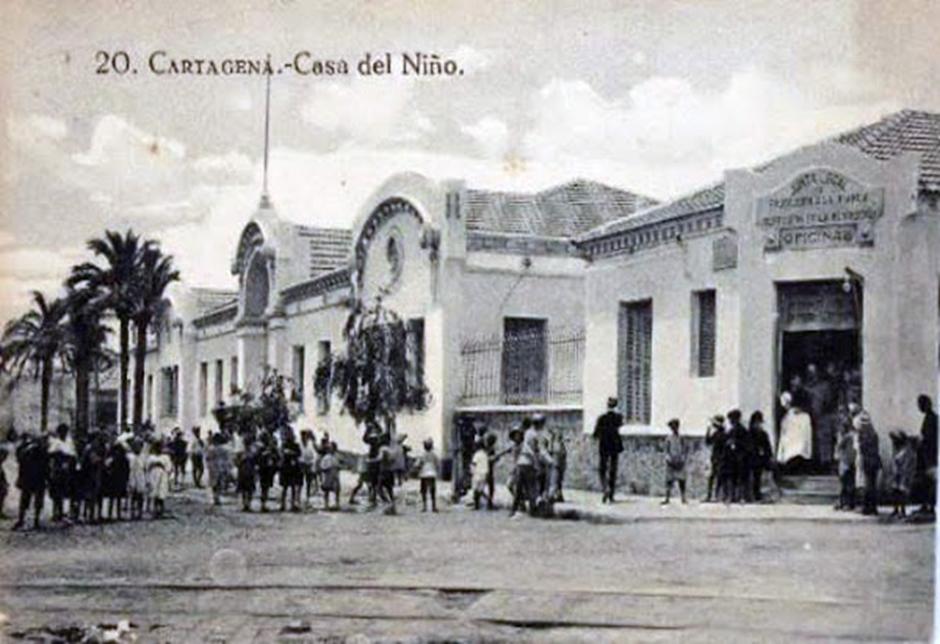 """Pedro Cuesta Escudero, autor de """"Félix Martí Alpera. La seva contribució a l'escola pública"""""""