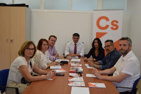 Ciudadanos coloca de nuevo a Miguel Cazorla como candidato de Cs a la alcaldía de Almería y sacrifica a su rival, Diego Clemente