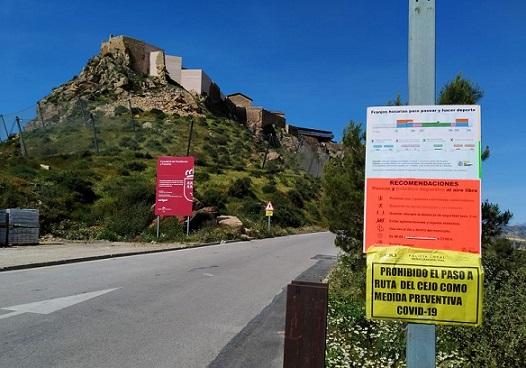 El Ayuntamiento de Lorca cierra los accesos al Cejo de los Enamorados debido a que la singularidad de la zona no permite poder cumplir con las distancias de seguridad