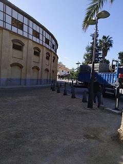 Comienzan las obras de rehabilitación del Coso de Sutullena, cuyo plazo de ejecución de los trabajos será de 12 meses