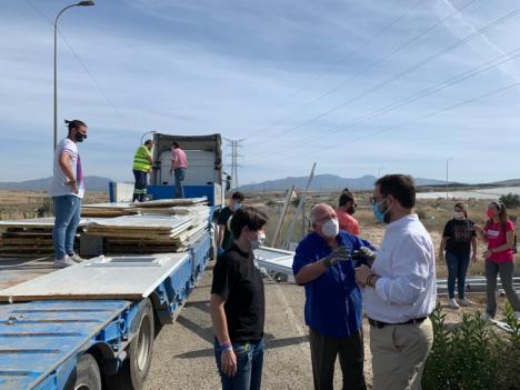 El Ayuntamiento de Lorca entrega tres casas prefabricadas que se convertirán en Centros de Salud y escuelas en los campos de refugiados de Tinduf (Argelia)