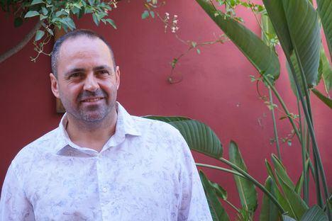 Alfonso González de Valdés Correa presenta su primera novela dedicada al valor de arriesgarse: 'Salto al vacío'