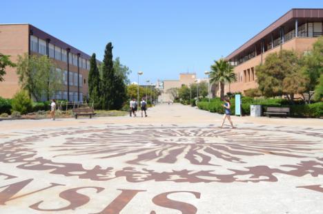 Apertura de centros de enseñanza en Almería