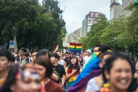 Taiwán celebra el amor por todo lo alto