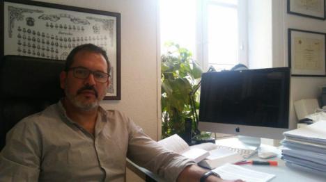 ¿Muertes por silicosis en la multinacional Cosentino? Entrevista al abogado Raúl Carballedo.