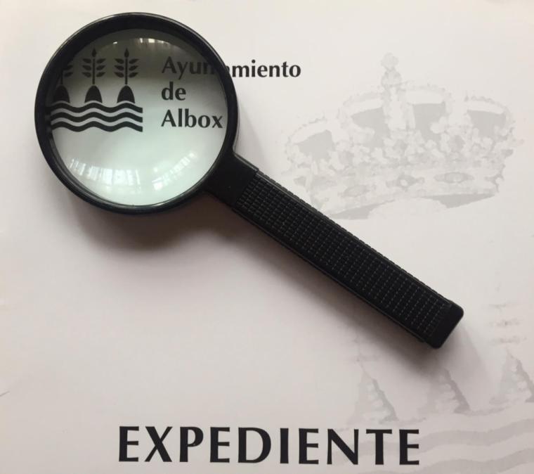 """Nuevo escándalo de Torrecillas, """"contrata a detectives privados por 21.780 € que paga el Ayuntamiento de Albox"""" denuncia la Plataforma DeLiDer"""