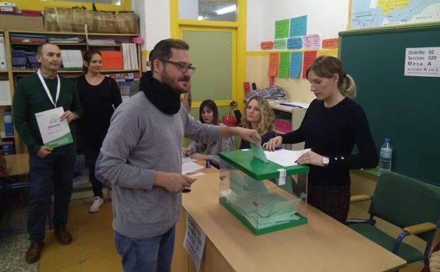"""Diego Crespo: 'Vamos a ser la muralla contra la extrema derecha almeriense en el Parlamento"""""""