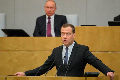 Dimite en bloque de todo el Gobierno despues de que el presidente Vladimir Putin anunciara su intención de reformar la constitución