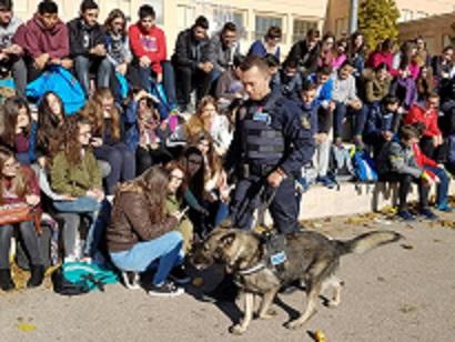 La Policía Local de Lorca despide con cariño a Dody, uno de los perros fundadores de la Unidad Canina del municipio
