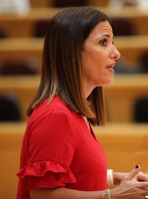 """Inés Plaza, portavoz socialista de Educación en el Senado: """"Mientras el Gobierno de España garantiza la presencialidad en las escuelas y contrata profesores, la derecha Andaluza reduce las plantillas y escatima recursos"""""""