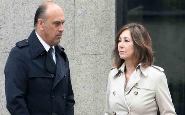 El marido y el cuñado de Ana Rosa Quintana han sido llamados a declarar por el juez, acusados de extorsión y revelación de secretos