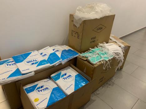 El Ayuntamiento de Lorca entrega 5.000 mascarillas protectoras a la gerencia del Área III de Salud