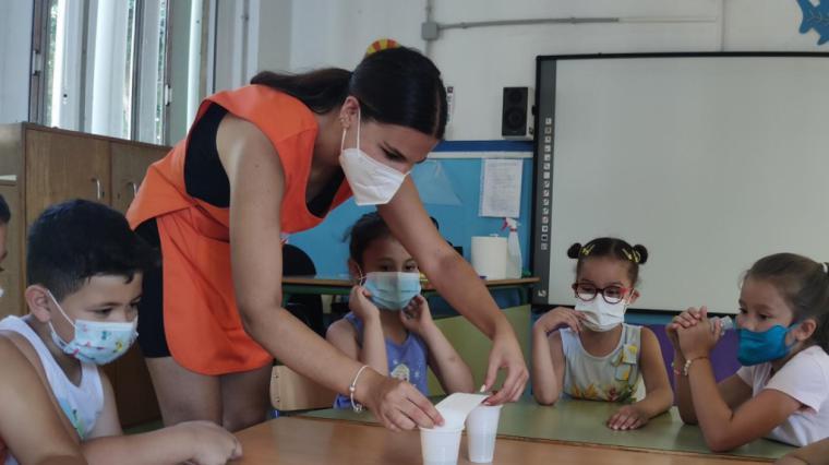 600 niños y niñas participan en las 9 Escuelas de Verano Bilingües gestionadas por El Saliente y la Fundación Almeriense de Personas con Discapacidad