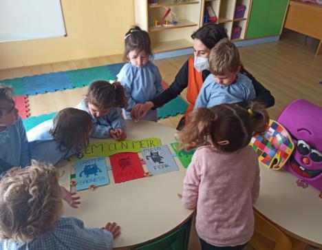 Profesionalidad, innovación y ambiente familiar, señas de identidad para las familias de las Escuelas Infantiles Bilingües El Saliente