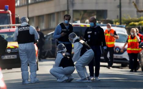 Una policía muere acuchillada cerca de París por un ciudadano tunecino