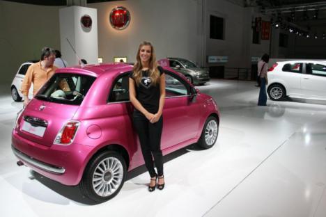 Fiat celebra su cumpleaños más elegante en la Automobile de Barcelona