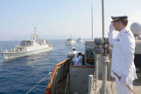 Entrega de mando en Cartagena : El capitán de navío D. Miguel Cuartero Lorenzo toma el mando de la Fuerza de Medidas Contra Minas de la Armada