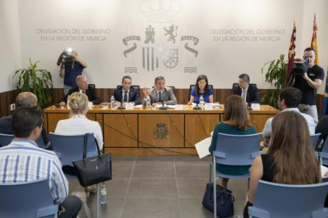 EL DELEGADO DEL GOBIERNO MANTIENE UNA REUNIÓN DE COORDINACIÓN CON LOS ALCALDES Y ALCALDESAS DE LA REGIÓN PARA EXPLICAR LAS AYUDAS CONTEMPLADAS EN EL REAL DECRETO LEY 11/2019 DEL GOBIERNO DE ESPAÑA