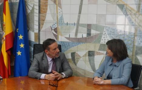 El delegado del Gobierno se reúne con la presidenta de Navantia para conocer el Plan Estratégico de la empresa pública