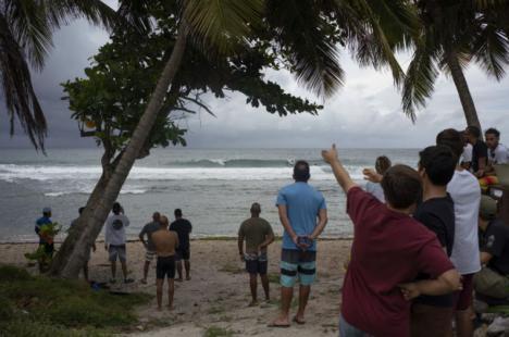 'Dorian' alcanza categoría 4 mientras se acerca a Florida