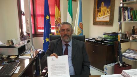 El alcalde de Albox Francisco Torrecillas, llevará al juzgado a un periodista por manipular la información acusandole de un delito al objeto de favorecer en estas elecciones al PP