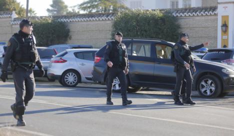 Buscan al conductor que se dió a la fuga en Málaga tras atropellar a un guardia civil