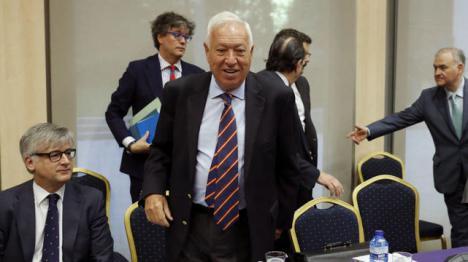 Margallo cobró la pensión de jubilación a la vez que cobraba el sueldo como ministro