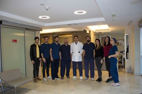 Equipo médico  de Hiberus Hair Center & Profesthetic,