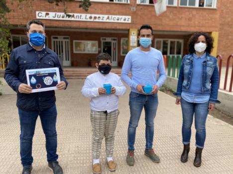 Dos escolares de Puerto Lumbreras, premiados en el concurso nacional de Aqualia, por plasmar en un cartel cómo consumir agua con responsabilidad
