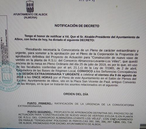Torrecillas convoca un Pleno Extraordinario y Urgente con menos de 24 horas en vacaciones para impedir la asistencia del PSOE y aprobar la ampliación del vertedero, dice Mena