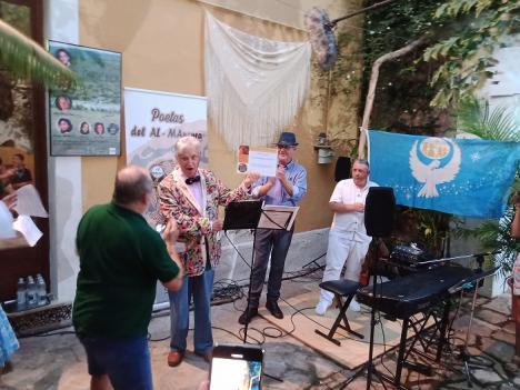Poetas del AL-MAnsura homenajea en Almería al actor Luis Fernández de Eribe