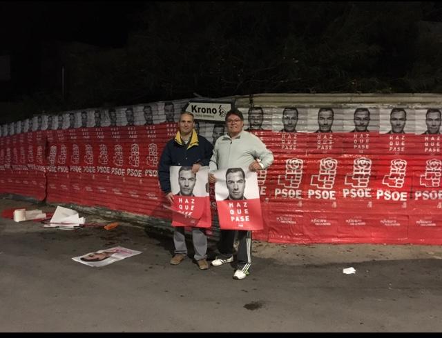 El PSOE, el único partido que sale a la calle en la tradicional pegada de carteles en Albox