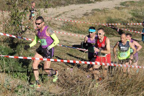 Casi medio millar de corredores se dan cita en la 1ª jornada de la Liga Regional de Cross en Puerto Lumbreras