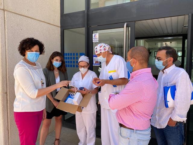 La campaña solidaria aporta 4 termómetros infrarrojos y 1 equipo portátil de saturación de oxígeno en sangre al centro médico de Puerto Lumbreras