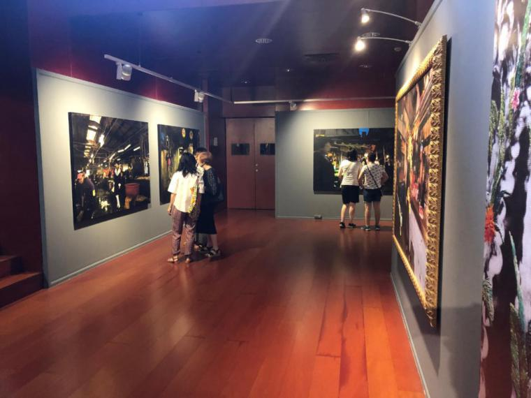 """Una exposición de fotografía taiwanesa en Barcelona nos acerca a la """"crisis de ahora"""""""