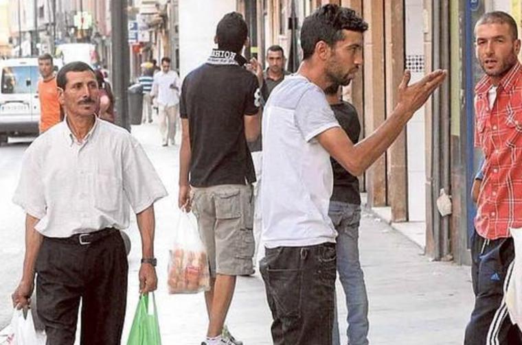 """INCOLORO: Inmigración """"culpable"""", por Jerónimo Martínez"""