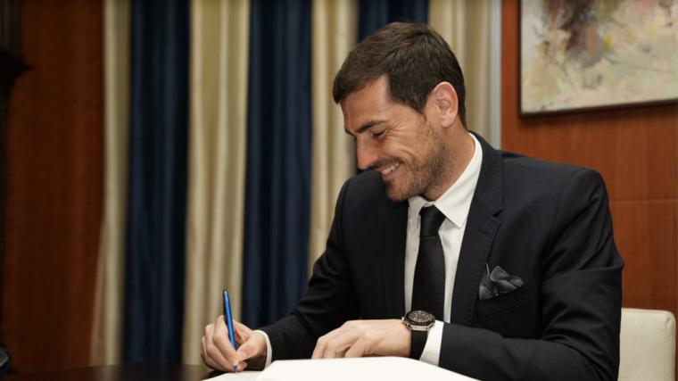 Iker Casillas se retira y pasa a ser directivo del Oporto