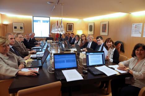 Última hora: la Junta Electoral pone cordura y rechaza el recurso del PP para cambiar el orden del debate en RTVE