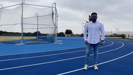 La nueva pista de atletismo de Puerto Lumbreras ya alberga entrenamientos de calidad de atletas locales