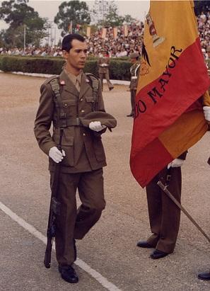 'EN TORNO AL SERVICIO MILITAR', por el General de Brigada (R) del ET Francisco Laguna Sanquirico, miembro de la Asociación Española de Militares Escritores