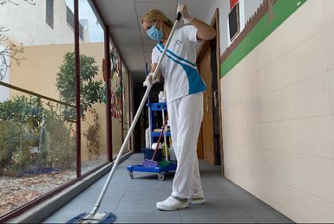 Las 17 Escuelas Infantiles Bilingües El Saliente inician el curso con un Plan anti COVID-19 y refuerzo de limpieza y desinfección