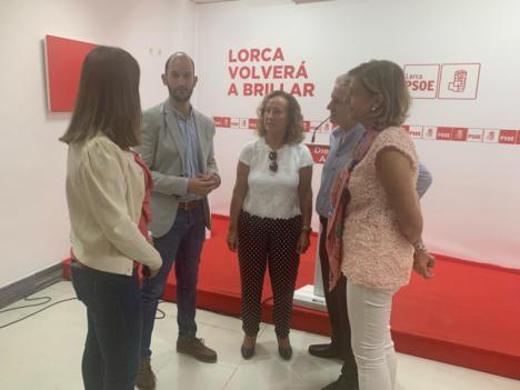 El PSOE exige al Gobierno regional que lleve a cabo la campaña de vacunación con personal sanitario de la bolsa de trabajo del SMS