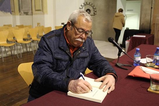 """El Huerto Ruano acogerá, este jueves, la presentación de la novela de Luis Caparrós titulada """"Lucía. La romi lorquina"""""""