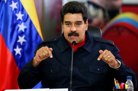 Maduro saca adelante la Constituyente y la oposición denuncia fraude.