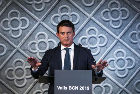 Manuel Valls acusa a Cs de esconderse tras el PP para pactar con Vox y recrimina a Albert Rivera su negativa a apoyar la investidura de Pedro Sánchez