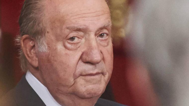 Juan Carlos de Borbón planea irse al Caribe para que nos olvidemos de las presuntas comisiones cobradas durante su etapa como Jefe del Estado y evitar tener que dar cuentas aunque para eso ya están los partidos de la derecha y el PSOE