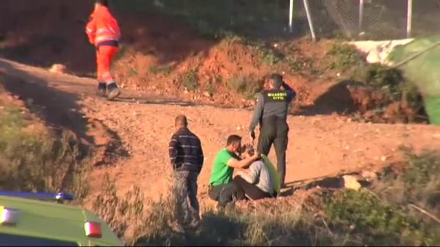 Hallan a 80 metros de profundidad una bolsa de chucherias de Yulen, el pequeño que ayer cayó al pozo en Totalán