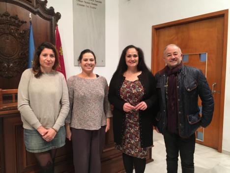 El proyecto 'Creadoras' fomentará el emprendedurismo gracias a la formación de 30 mujeres migrantes en creación teatral, castellano y desarrollo de competencias