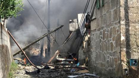 Son ya cuatro las personas muertas y 12 heridos en la explosión de un almacén clandestino de pirotecnia en Tui