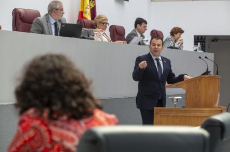 El PSOE critica que el Gobierno regional ha visto en la crisis del Covid una oportunidad política, más que una amenaza para la Región